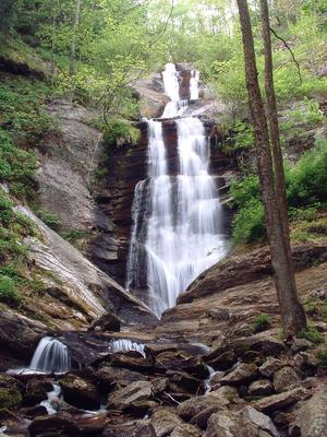 Toms Creek Falls