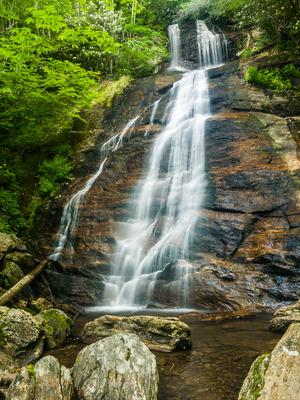 Dill Falls, one of many waterfalls in the Pisgah National Forest