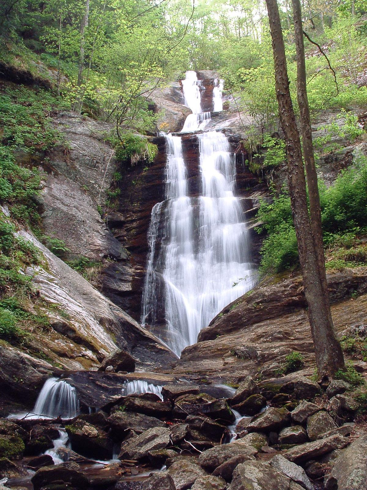 Toms Creek Falls Wnc Waterfalls