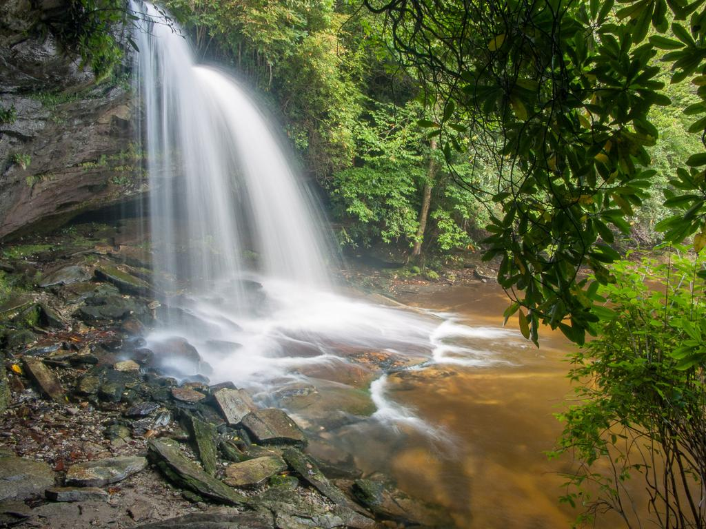 Schoolhouse Falls in Panthertown Valley. A short, worthwhile side hike is required to see this waterfall.