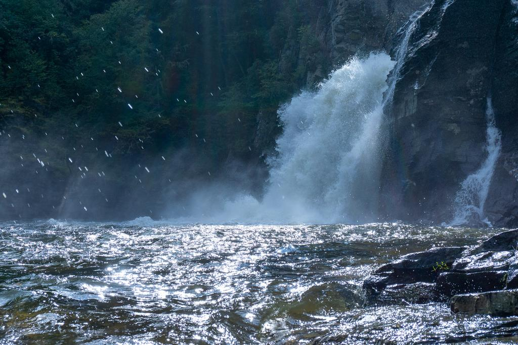 The power of Linville Falls turns the plunge pool into a churning maelstrom with whitecaps lashing the rocks. It's mesmerizing.