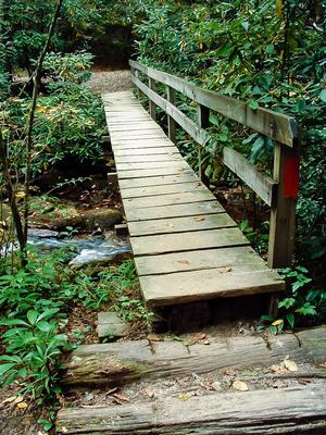 Footbridge over Cedar Rock Creek