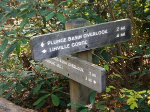 Linville Falls Trail Signs
