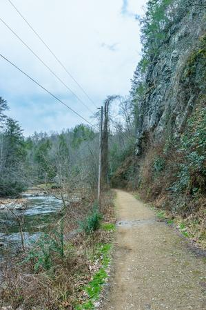 Start of the Laurel River Trail
